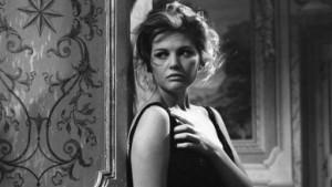 Claudia Cardinale ne I delfini (1960)