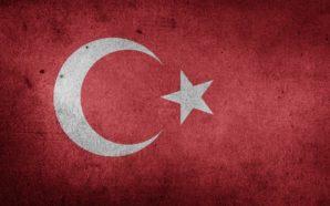 Erdogan contro tutti: «State con i golpisti»