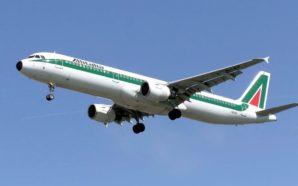 Alitalia non decolla, stop ai voli per 24 ore. Fermi…