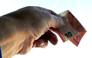«Salario minimo a 10 euro», il Pd fa felice Marchionne