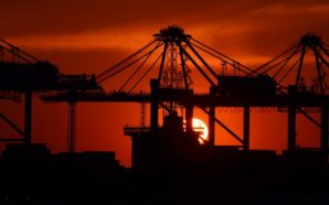 """L'industria tra """"scambio politico"""" e assenza di programmi"""