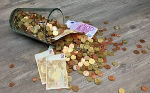 La Lega rilancia sul «reddito»: i soldi alle imprese