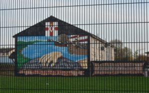 Sul confine invisibile tra le due Irlande si agitano i…